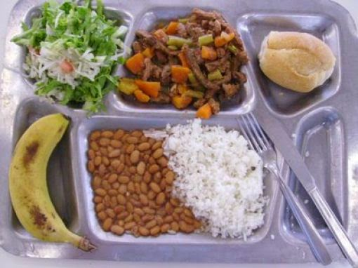 Country: Brazil Contents: Rice, Beans, Bread, Meat with vegetables, banana and alface, acelga salad.